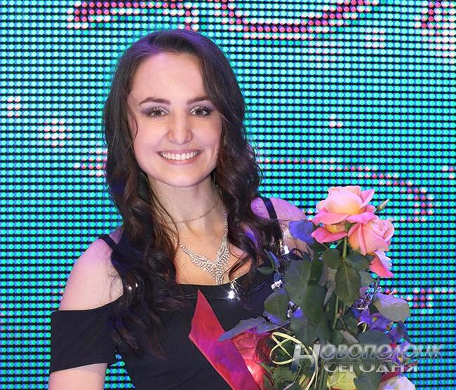 На «Нафтане» выбрали самую обаятельную и привлекательную работницу (фото) - фото 10