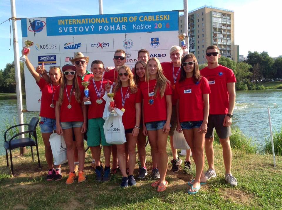 13 золотых медалей завоевали новополоцкие воднолыжники на международных турнирах в словакской Кошице