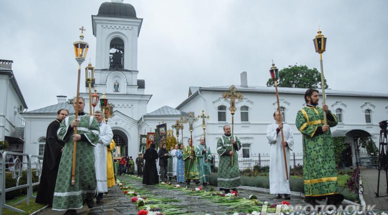 В Полоцке прошел Крестный ход посвященный Ефросинии Полоцкой.