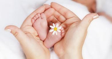Амина и Демьян. Как называли новополочане малышей в июне