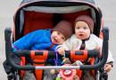 Какая материальная помощь может быть оказана семьям новополочан, в которых родилась двойня