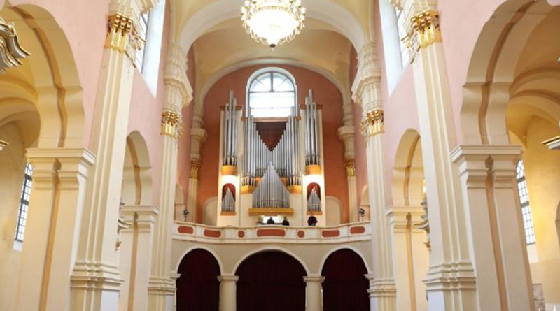 Исполнители из шести стран выступят на XXII Международном фестивале органной музыки «Званы Сафіі» в Полоцке