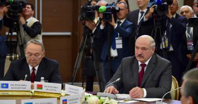 Лукашенко принял участие в саммитах глав государств СНГ и ЕАЭС