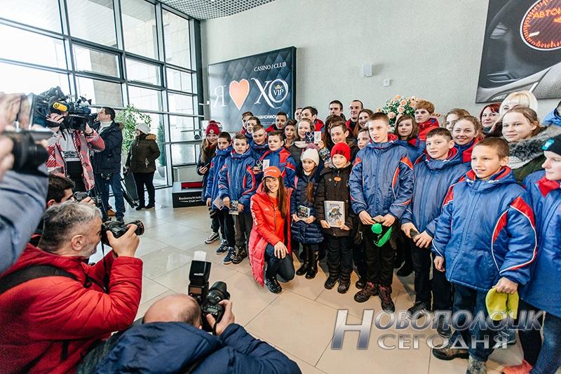 Vstrecha olimpijskih chempionok po biatlonu v Nacional'nom ajeroportu (10)
