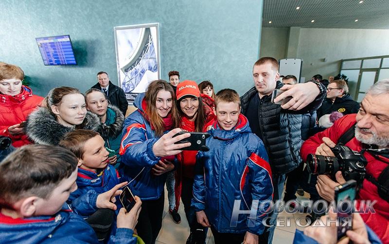 Vstrecha olimpijskih chempionok po biatlonu v Nacional'nom ajeroportu (11)
