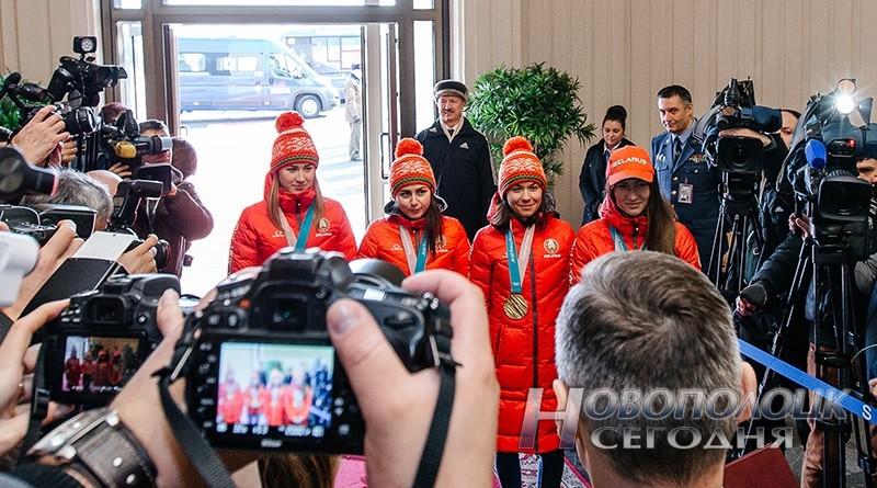 Vstrecha olimpijskih chempionok po biatlonu v Nacional'nom ajeroportu (1)_