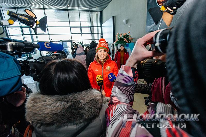 Vstrecha olimpijskih chempionok po biatlonu v Nacional'nom ajeroportu (7)