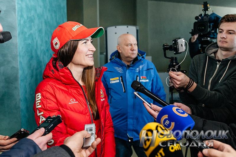 Vstrecha olimpijskih chempionok po biatlonu v Nacional'nom ajeroportu (9)