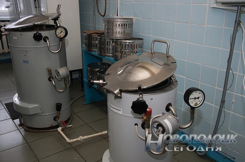 Автоклавная отделения варки сред микробиологической лаборатории (оборудование – автоклавы)