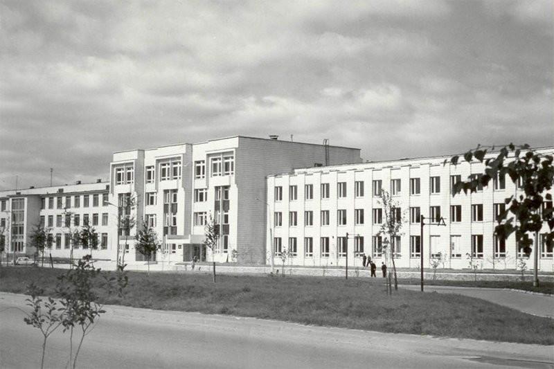 Здание НПИ 1970-е годы_