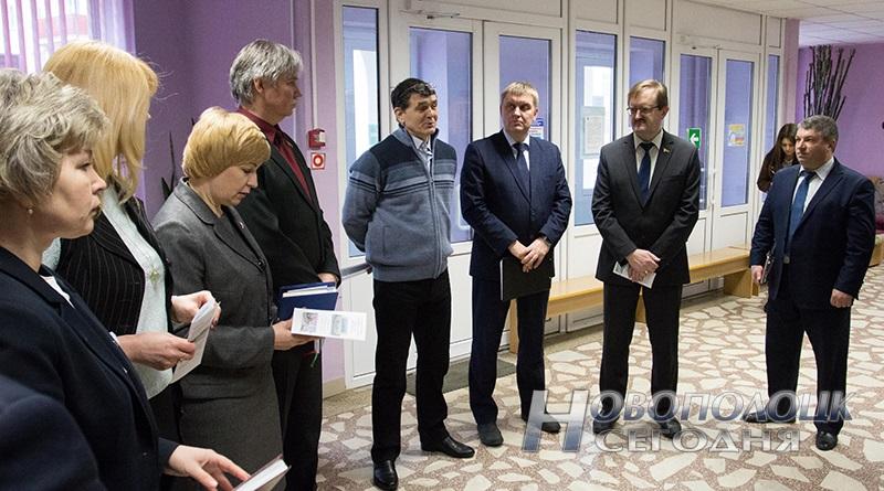 vyezdnoe zasedanie prezidiuma gorsoveta Novopolock (1)