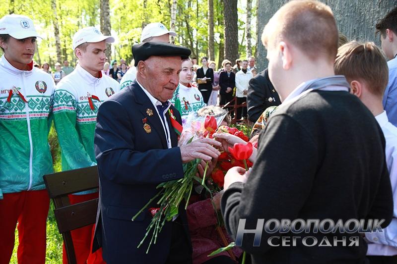 9 maja v Novopolocke (12)