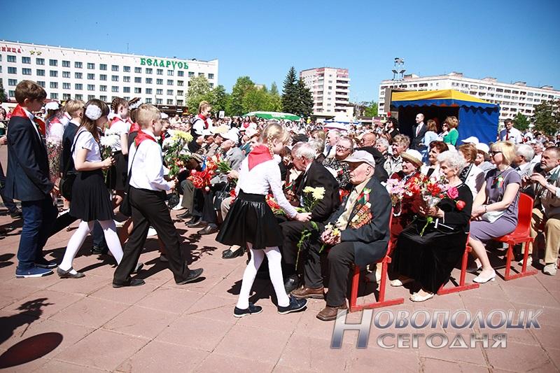 9 maja v Novopolocke (40)