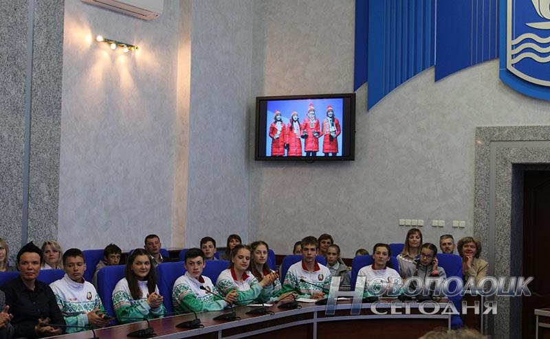 Krivko i Sahonenko v Novopolockom gorispolkome (10)
