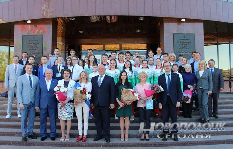 Krivko i Sahonenko v Novopolockom gorispolkome (19)