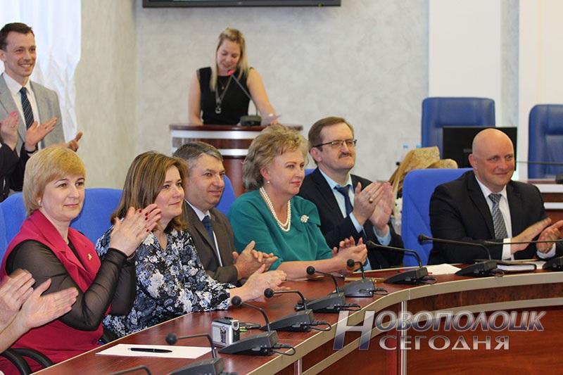 Krivko i Sahonenko v Novopolockom gorispolkome (5)