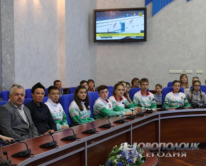 Krivko i Sahonenko v Novopolockom gorispolkome (8)