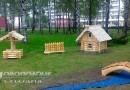 В городском сквере Новополоцка установлена новая композиция в виде модели русской избы