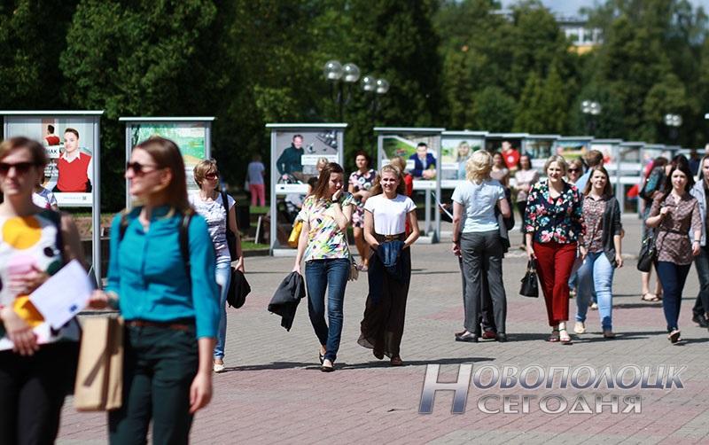 Proekty v licah fotovystavka v Novopolocke (7)