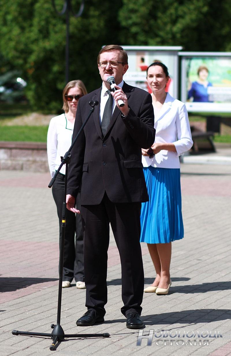 Proekty v licah fotovystavka v Novopolocke (8)