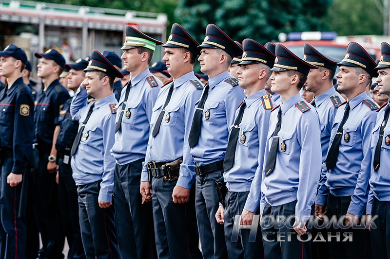 milicejskij razvod na ploshhadi Novopolock (4)
