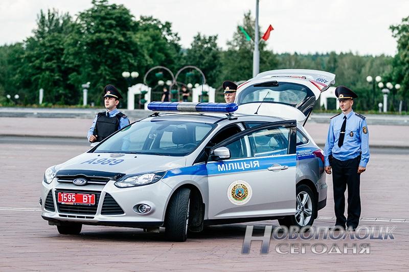 milicejskij razvod na ploshhadi Novopolock (5)