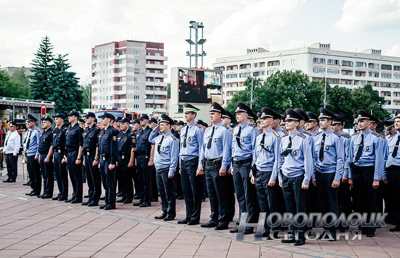 milicejskij razvod na ploshhadi Novopolock (6)