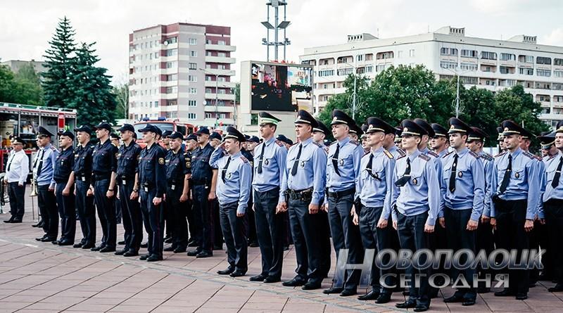 milicejskij razvod na ploshhadi Novopolock (6___)