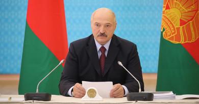 Александр Лукашенко требует неукоснительного выполнения его поручений