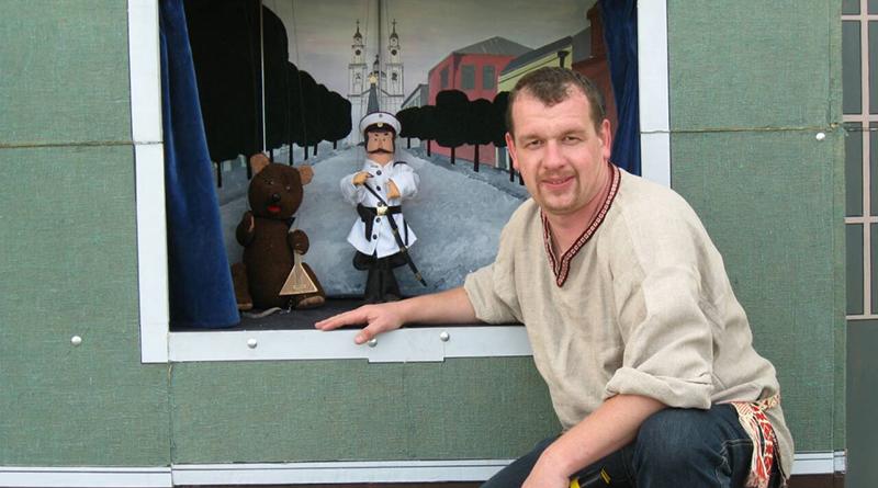 Andrej Retikov teatr kukol KapjaljuSh (2)