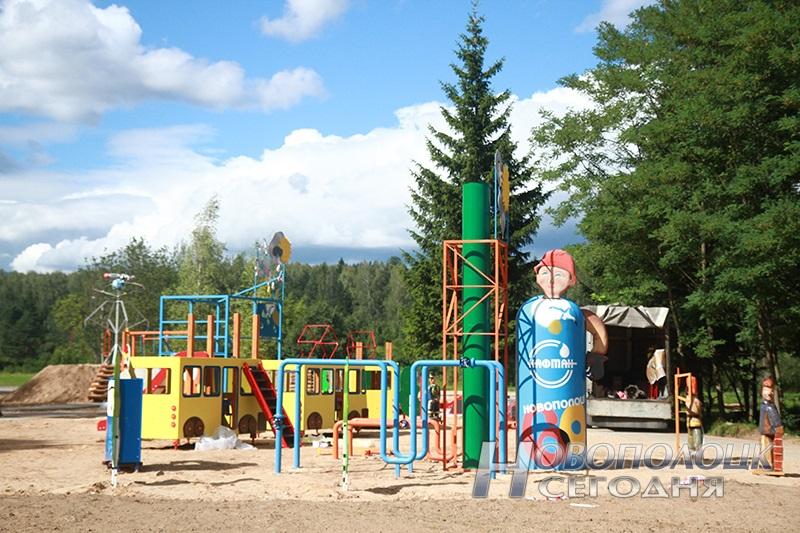 mini-gorod v parke Novopolocka (5)