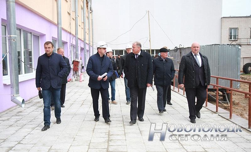 rekonstrukcija Ledovogo dvorca Himik v Novopolocke (5)