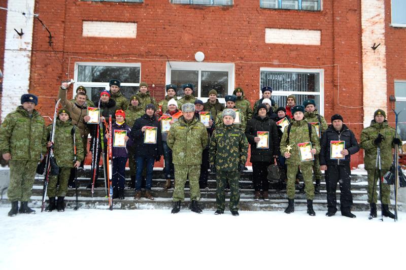 Участники первенства Полоцкого погранотряда по лыжным гонкам