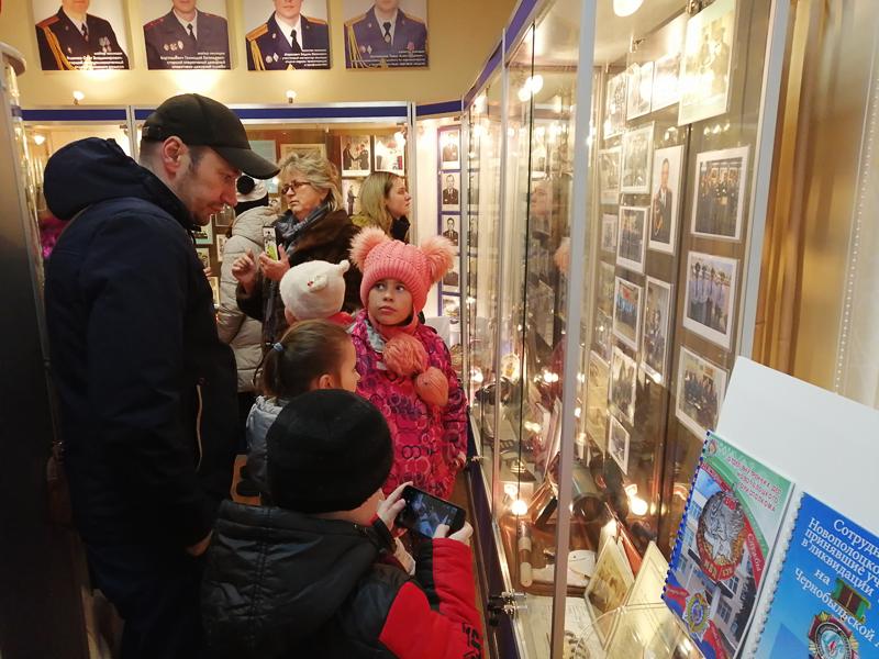 Экспонаты музея Новополоцкого ГОВД вызвали неподдельный интерес у детей и взрослых