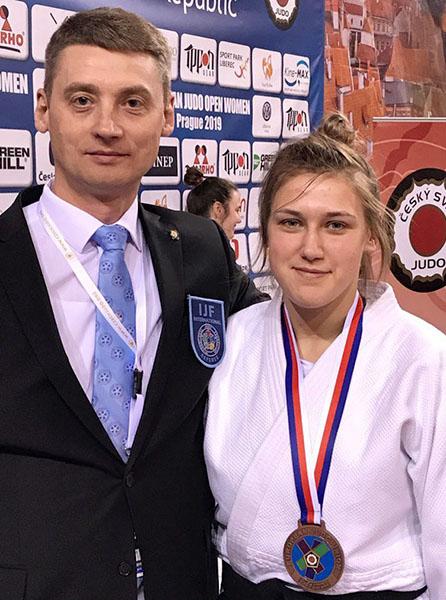 Дарья Концевая с тренером Артуром Фандо