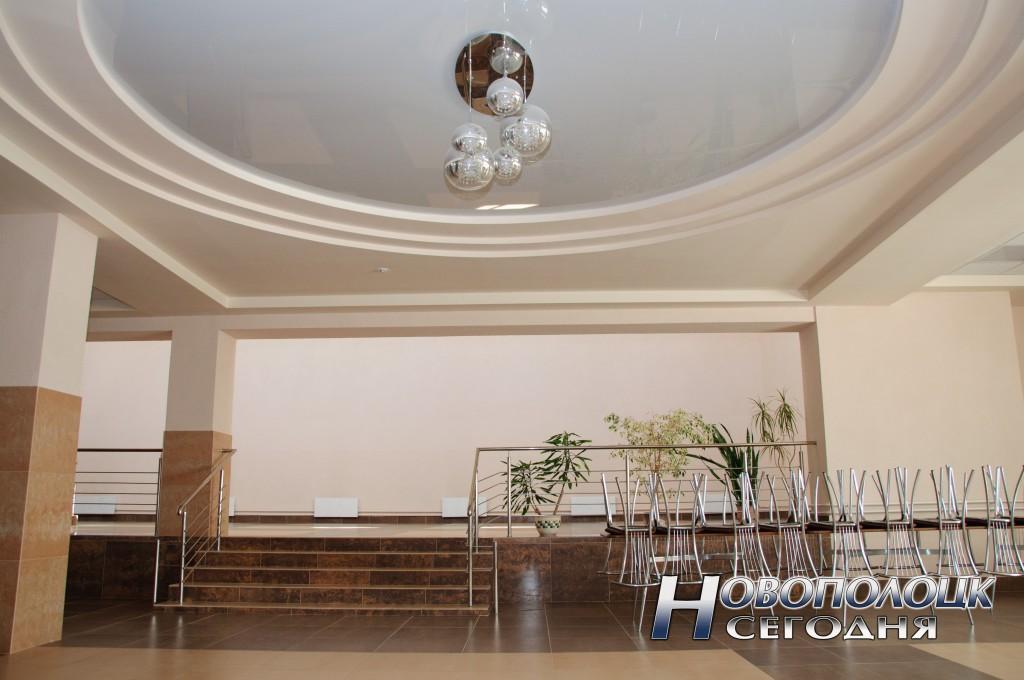 Банкетный зал с танцполом