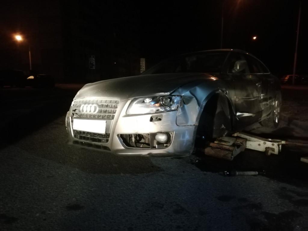 Audi досталось