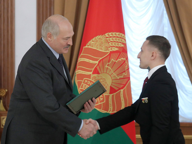 Prezident_i_Laptev