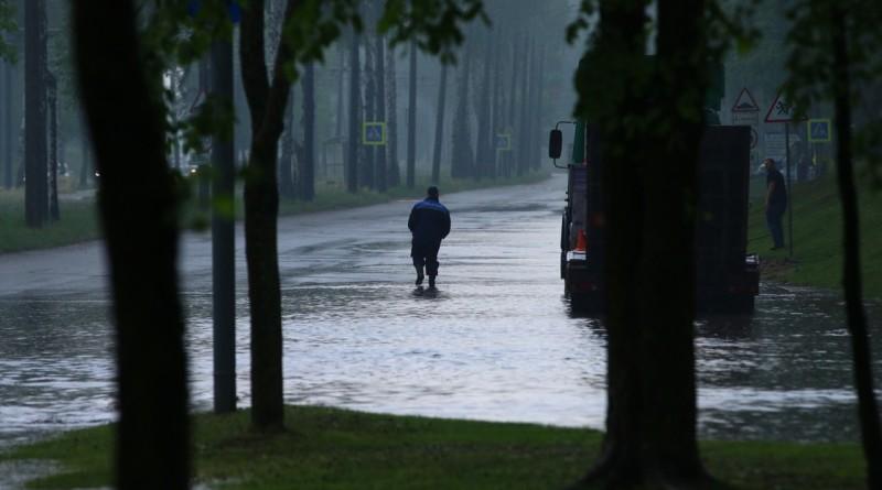 Новополоцкая Венеция: 24 мая городские улицы затопило дождем