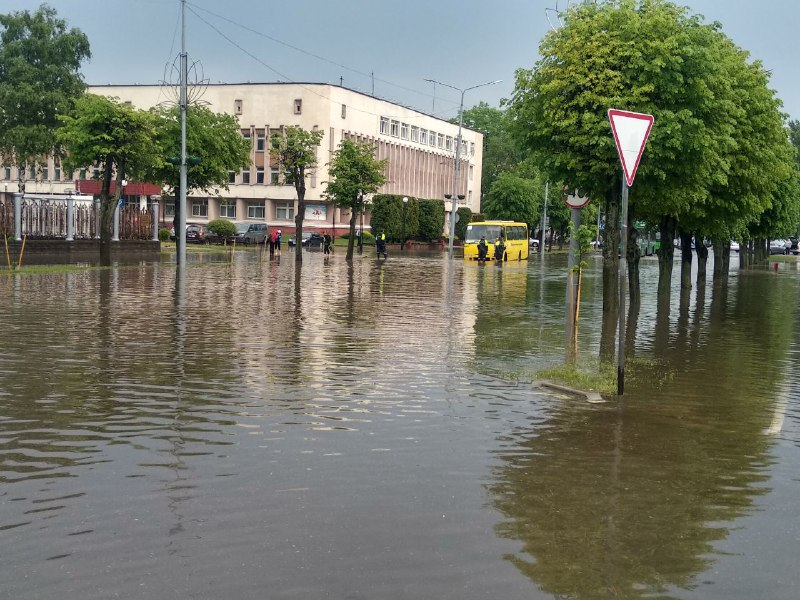 Площадь потоп