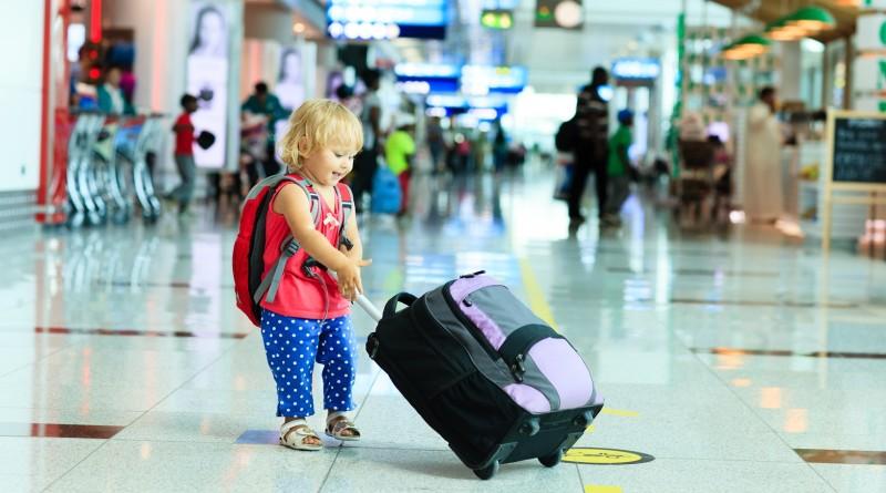 Собираетесь за границу? Не забудьте проверить документы юных новополочан