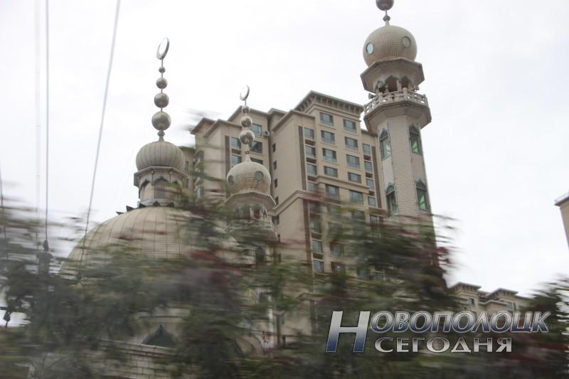 Ланьчжоу, мечеть и небоскреб