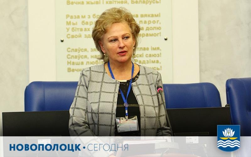 Председатель комиссии окружной избирательной комиссии по Новополоцкому округу Валентина Мартыненко
