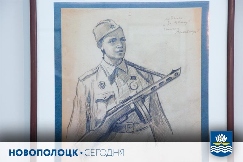 Средний и младший сыновья снайпера Максима Кункеса – новополочане