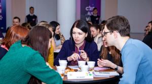 Молодежь города собирает деньги на лечение маленькой новополочанки Даши Шепетовской