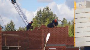 Безопасность на стройке. В Новополоцке объявлен месячник по охране труда