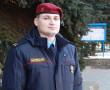 Сотрудник Новополоцкого ГОВД  Андрей Зубок остановил мужчину, намеревавшегося воткнуть себе нож в сердце