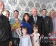 Поздравления с Днем матери от председателя Новополоцкого горисполкома получили многодетные семьи