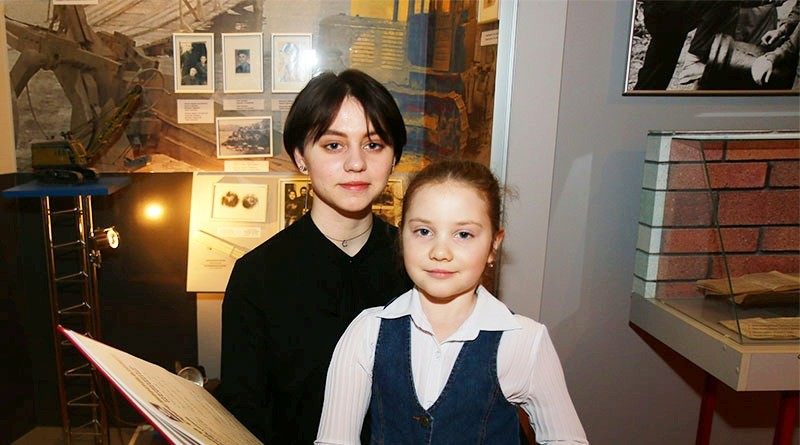 Анна и Александра Дьячковы1