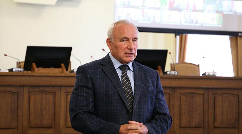 Шерстнев